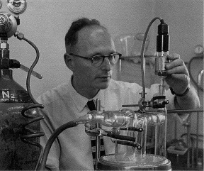 Syd Leach at work in the Division of Protein Chemistry Parkville in the 1960s