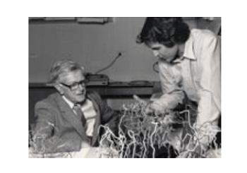 Peter Colman showing his flu protein model to Sir Macfarlane Burnet